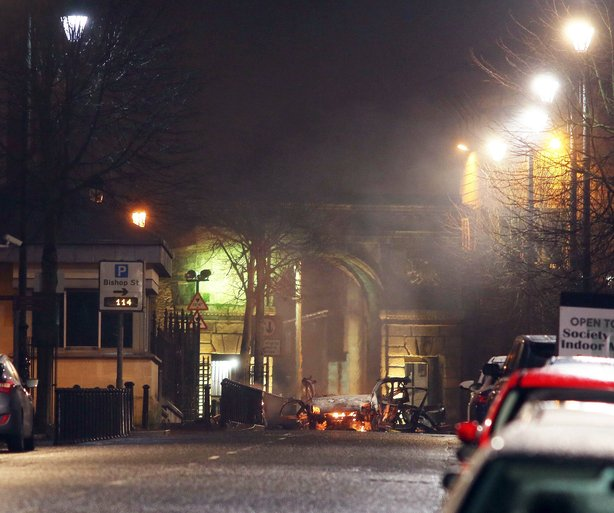 DERRY POLICE STAGE BOMB HOAX